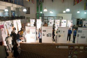 """תמונה 2 מתערוכה – """"עורכי דין ללא זכויות"""""""