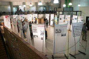 """תמונה 5 מתערוכה – """"עורכי דין ללא זכויות"""""""