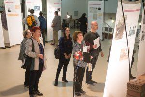 """תמונה 9 מתערוכה – """"עורכי דין ללא זכויות"""""""