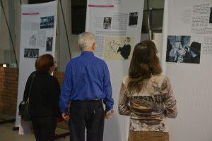 """תמונה 18 מתערוכה – """"עורכי דין ללא זכויות"""""""