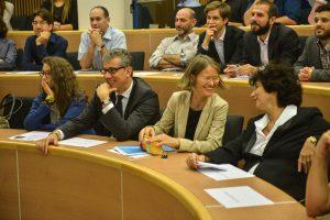 """תמונה 42 מכנס הקשת הספר """"Transparancy and International Law"""""""