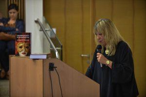 """תמונה 50 מכנס הקשת הספר """"Transparancy and International Law"""""""