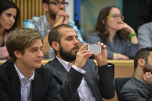 """תמונה 74 מכנס הקשת הספר """"Transparancy and International Law"""""""