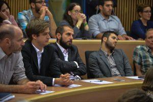 """תמונה 90 מכנס הקשת הספר """"Transparancy and International Law"""""""